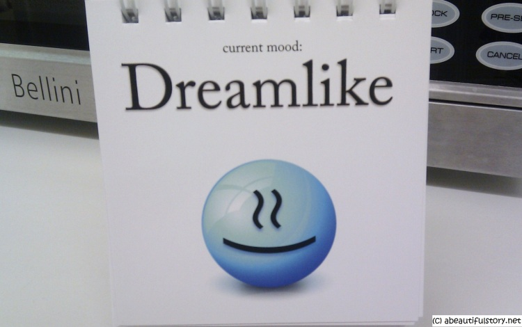 dreamlike emoticon