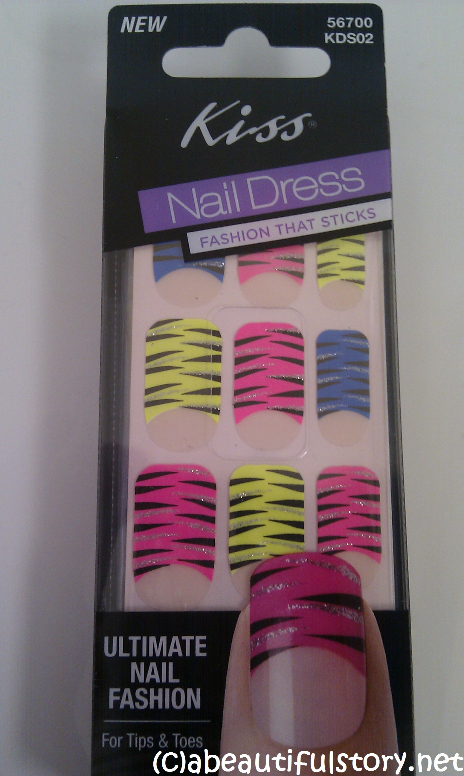 Hmm… Not so keen on nail foils/stickers! Kiss Nail Dress Review | a ...